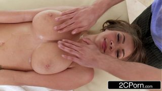 Innocent Little Massage Quickly Turns Into an Oily Fuck-Fest – Cassidy Banks