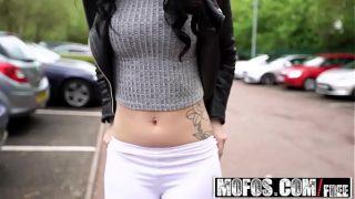 Mofos – Public Pick Ups – Cute British Chick Needs Cash starring Dean Van Damme and Alessa Savage